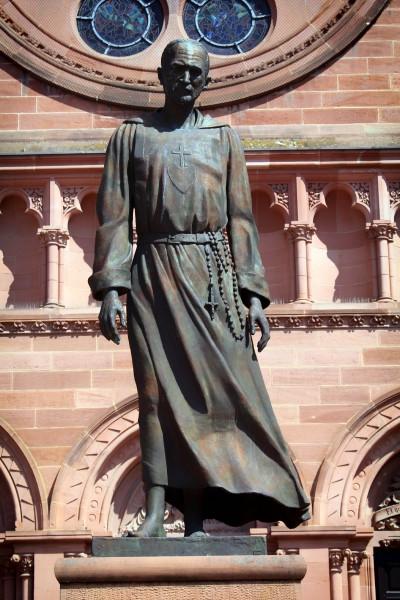 Statue_Foucauld_Strasbourg.jpg